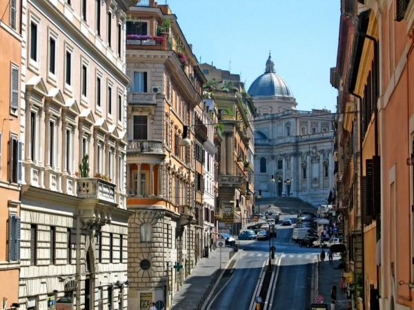 Via Panisperna Roma