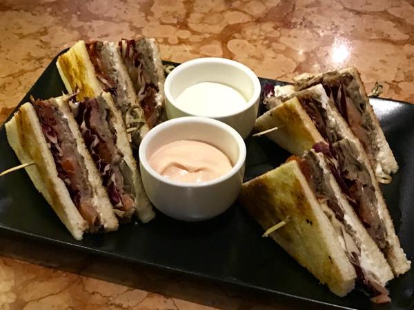 Club-Sandwich-Saporito-Revolution
