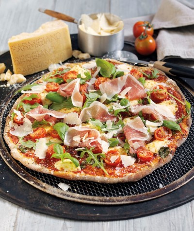 ©Parmigiano Reggiano, Parma Ham and basil pizza